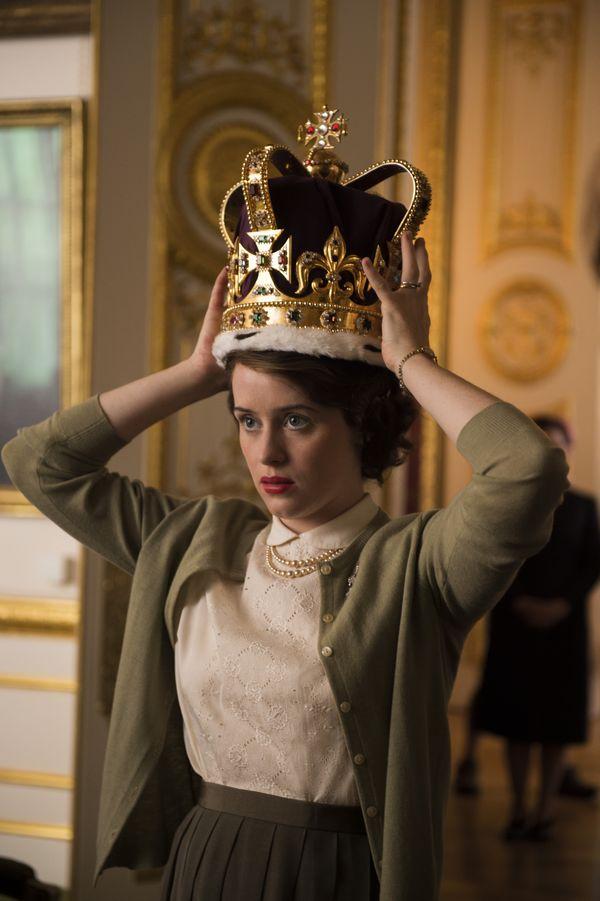 the crown elisabeth II